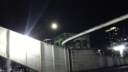 勝鬨橋満月_02.JPG