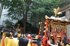 摂社神輿4-240.jpg