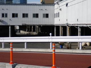 060_引込線.JPG
