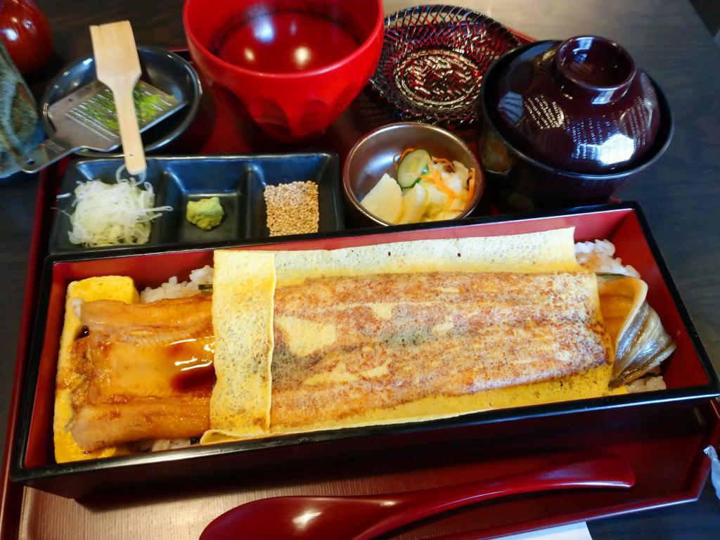 "Of limited menu ""shin anywhere is delicious, too""! ""Nihonbashi Bridge ball i Ningyocho store"""