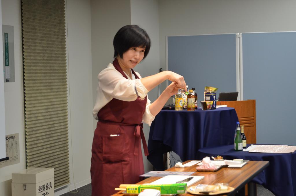 <白鹤×MIZKAN协作研讨会> 和日本清酒相适合的简单的下酒菜食谱讲座从4月中旬到4月下旬召开研讨会的介绍~白鹤银座样式~